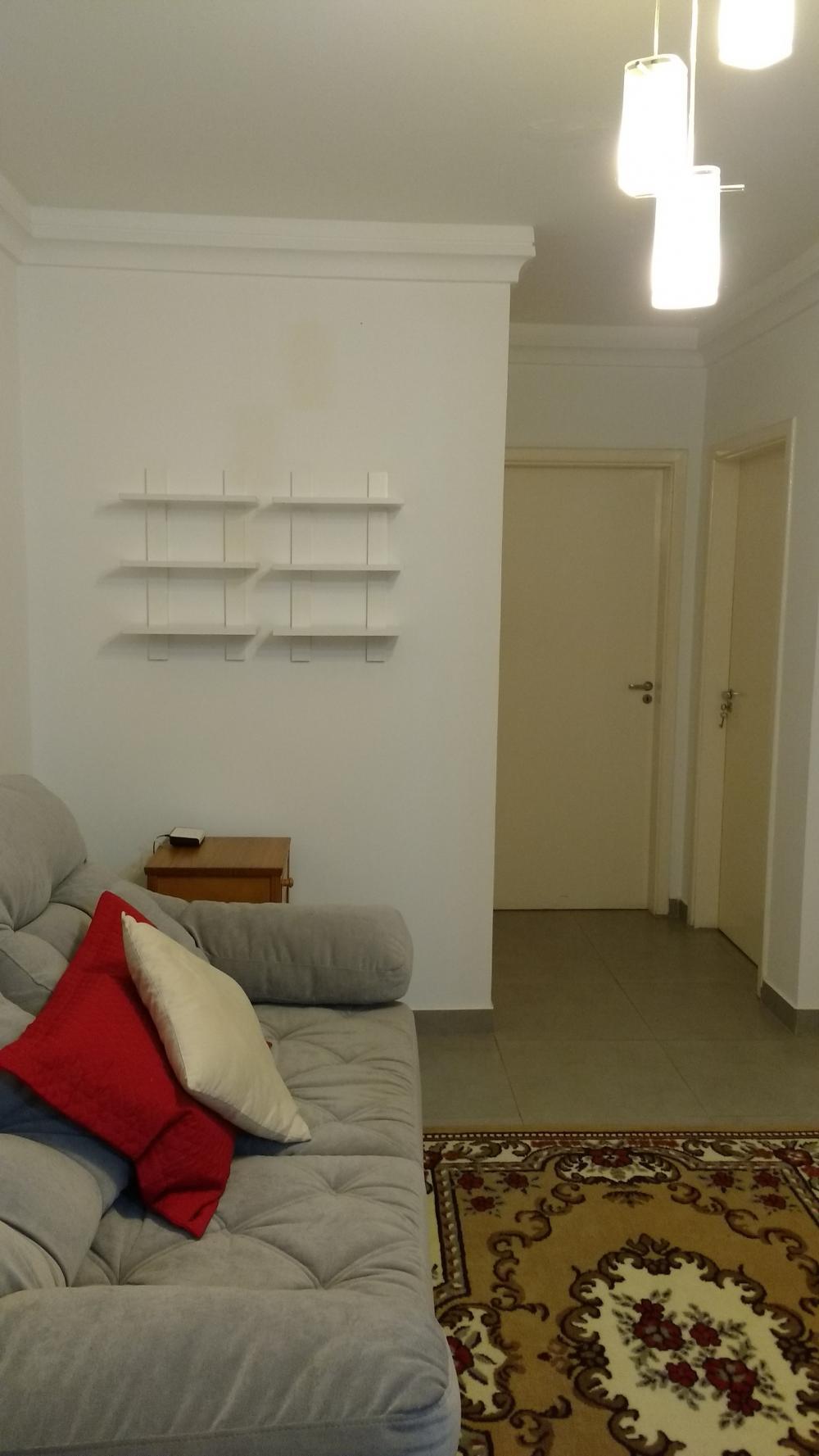 Excelente apartamento, com 55m², com sala, cozinha planejada, 02 dormitórios, com armarios,banheiro. 1 vaga de garagem. Lazer no condomínio. Estuda financiamento e FGTS. Próximo a Rodovia do Açúcar.