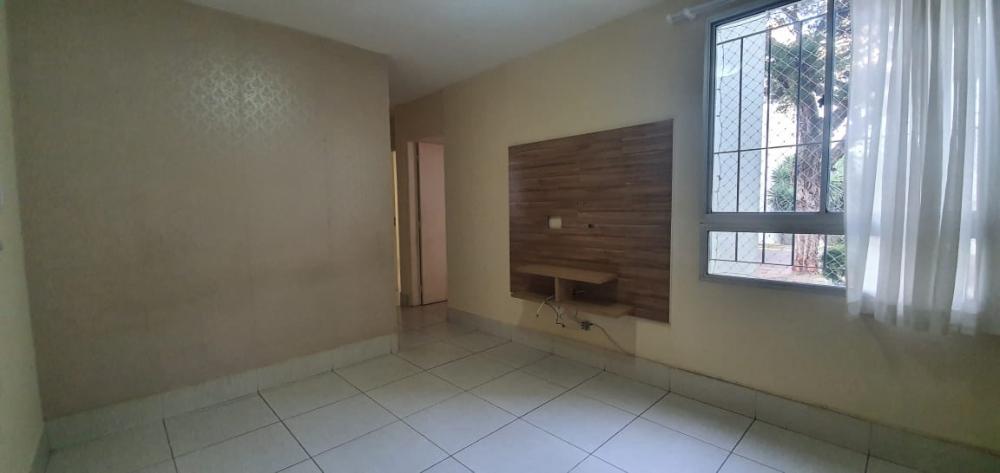 Ótimo apartamento térreo no bairro Nova America, contendo sala, 02 dormitórios, cozinha com armário e gabinete, lavanderia espaço, 1 vaga de garagem, condomínio oferece quadra, piscina e salão de festas.