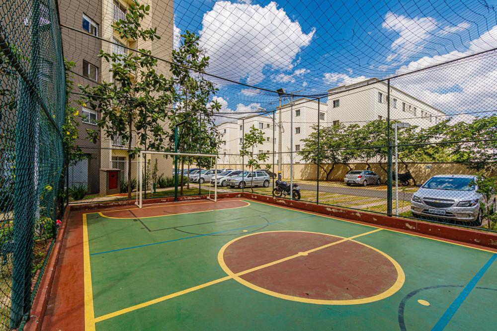 Excelente apartamento com 2 dormitórios, sala dois ambientes, sacada, banheiro social com gabinete e box, cozinha repleta de armários, 1 vaga de garagem.