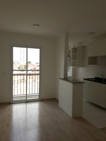 Apartamento localizado próximo a Av. 31 de Março com sala com sacada, cozinha com gabinete, 02 dormitórios, banheiro social. Condomínio oferece playground, piscina, espaço gourmet e quadra.