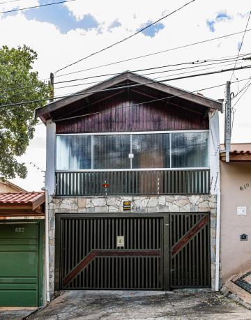Excelente imóvel em localização privilegiada. 2 quartos, sendo 1 suíte, sala, cozinha, banheiro social, 1 vaga de garagem.