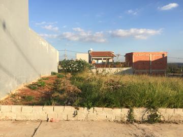 Terreno plano com 175 m², (sendo 7 x 25) próximo ao Hospital Ilumina. Aceita financiamento e terreno e construção!