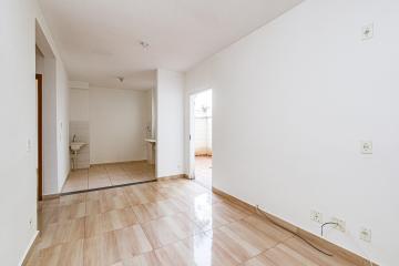 Apartamento com 2 dormitórios, sala, cozinha, banheiro, ÁREA GARDEN. 1 vaga de garagem tamanho PNE. Condomínio oferece salão de festas, bicicletário, churrasqueira, playgroud, portaria 24h.