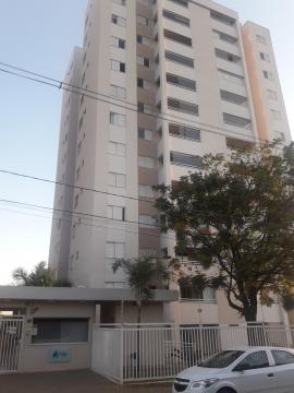 Excelente apartamento em Bairro Nobre, medindo 80 m² área útil,  2 vagas de garagem, com portaria 24 horas, salão de festas, academia, quadra, brinquedoteca e piscina. Varanda gourmet, sala, cozinha americana planejada, 3 dormitórios completos sendo 1 suíte. Estuda financiamento e FGTS.