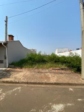 Excelente lote no bairro Altos do Taquaral, topografia plana e medindo 175 m² (7 x 25).  Estuda financiamento.