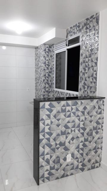 Apartamento com acabamento novo, medindo 45m² contendo 02 dormitórios, sala, banheiro social, cozinha, 01 vaga. Cond. oferece portaria 24 horas, churrasqueira e playground.