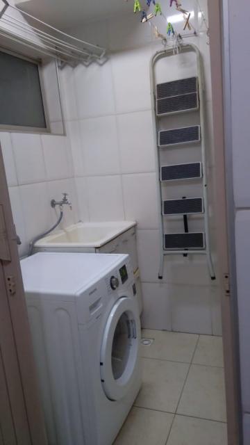 Excelente apartamento de 70 m² com 1 vaga de garagem, sala, cozinha, banheiro social, 3 dormitórios sendo 1 suite. Estuda Financiamento e FGTS