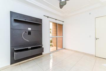 apartamentos em ótima localização, com sacada, dois dormitórios com armarios embutidos, ventilador de teto, painel na sala