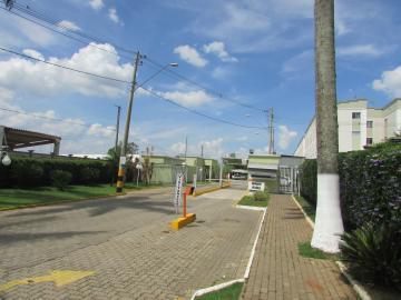 Apartamento Garden próximo a loja Havan, na região do bairro Dois Córregos,  com 2 dormitórios, banheiro social com box, sala, cozinha planejada e quintal. 1 vaga na garagem.  Estuda financiamento e FGTS.