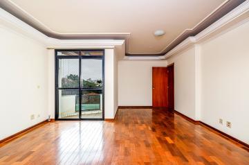 Apartamento com 104 m² de área útil, sendo 3 dormitórios, sala 2 ambientes com sacada, cozinha planejada, banheiros social, área de serviço com armários e 1 vaga na garagem