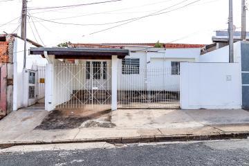 Otima casa na regiao de Santa Terezinha  Com ampla sala , cozinha , 3 dormitorios , area de servico fechada e quintal  Oportunidade