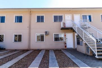 Apartamento NOVO com 2 dormitórios, lavanderia e banheiro social. Condomínio oferece amplo gramado com playground, piscina, churrasqueira e salão de festas.