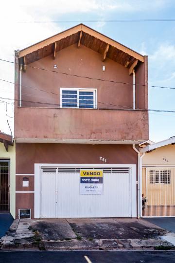 Ótima casa no bairro Altos da Pompéia, com terreno de 125 m² e 135 m² de construção distribuídos em sala, 3 dormitórios sendo 1 suíte, cozinha com armários, banheiro social, lavanderia e quintal. 1 vaga de garagem. Aceita financiamento e FGTS.