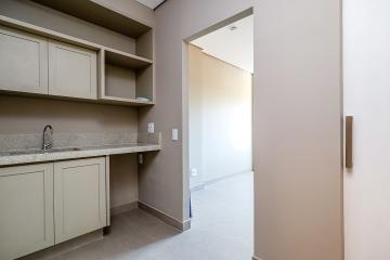 Excelente sala comercial em condominio já estruturado. Duas sala,  com banheiro , copa. 1 vaga de garagem.
