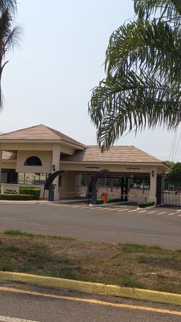 Excelente terreno em Condominio Terras de Piracicaba V, pronto para morar, medindo 384m2 ( 12 x 32), plano. Estuda Financiamento.