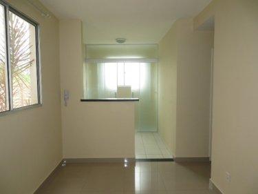 Apartamento novo, contendo 02 dormitórios, sala, banheiro social com gabinete e box, cozinha com gabinete e área de serviço, 01 vaga. Condomínio oferece portaria 24 horas, campo gramado, churrasqueira, espaço zem e playground.