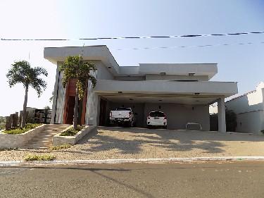 Piracicaba Park Campestre residencial Venda R$3.400.000,00 Condominio R$650,00 4 Dormitorios 4 Vagas Area do terreno 1000.00m2 Area construida 680.00m2