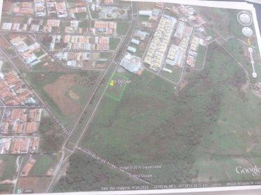 Terreno com 3.000m² em avenida com comércio em crescimento e intenso fluxo de veículos. Proprietário estudo projeto de built to suit.